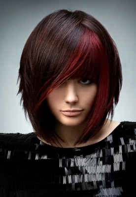 medium-bob-hair-style-highlights-colour